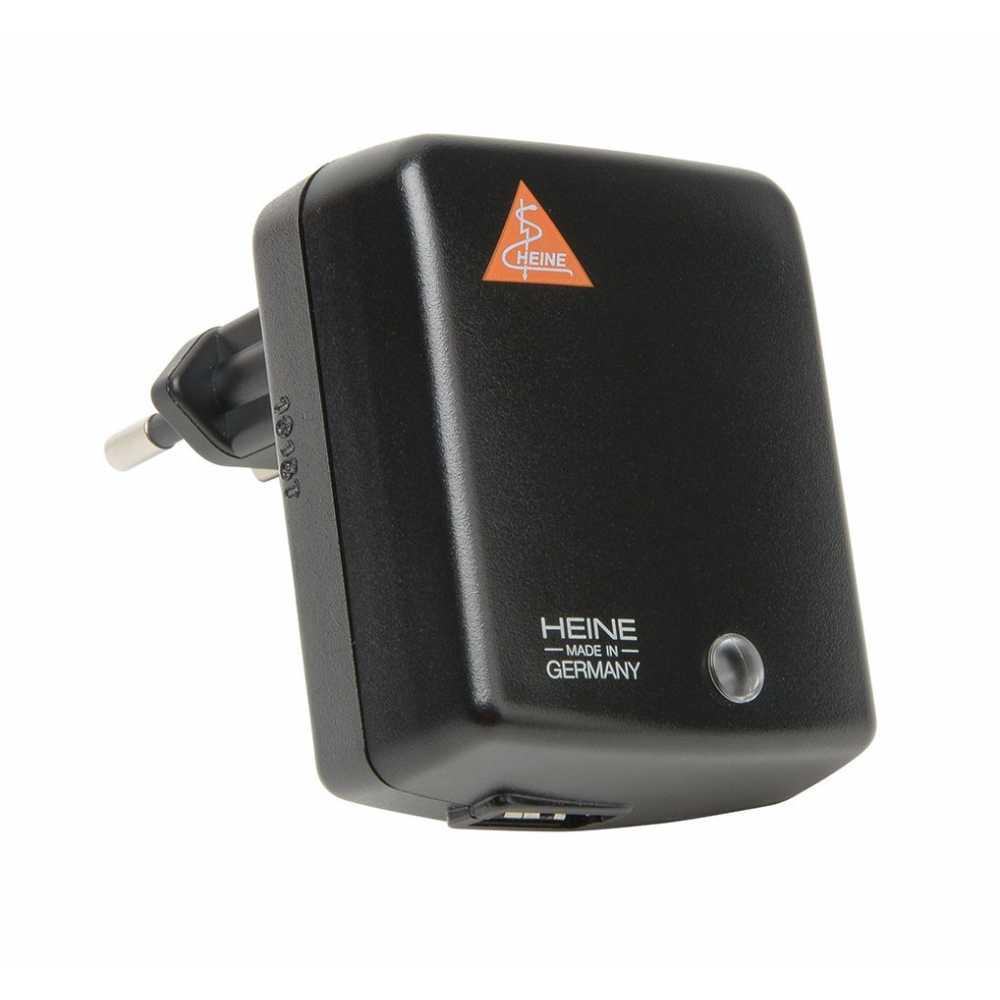 Fuente de alimentación enchufable HEINE E4-USB con aprobación médica