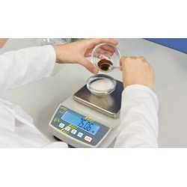 Compact laboratory balance KERN PCB 2500-2