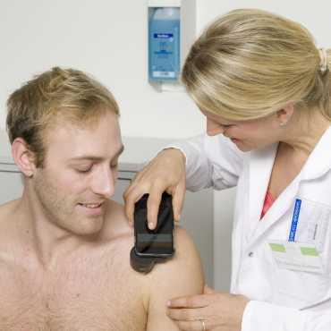 HEINE iC 1 Dermatoscópio para iPhone 7