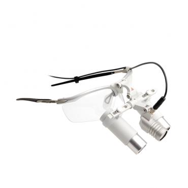 HEINE LoupeLight 2 con lupas binoculares HRP 3.5x