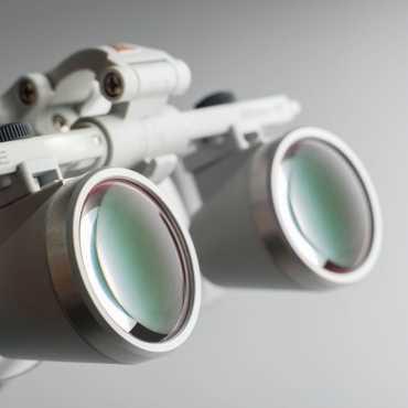 Loupes binoculaires HEINE HR 2.5x sur S-FRAME